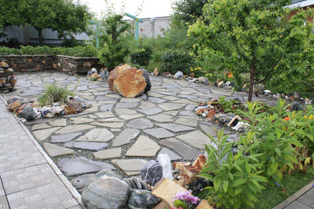 Благоустройство загородного дома
